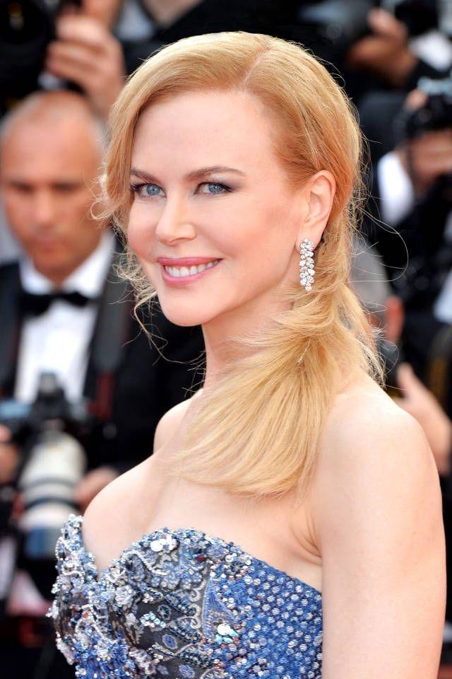 Nicole Kidman opta por colores muy sutiles que resalten su belleza